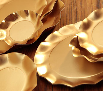 assiettes dorées déco baby shower, bapteme, anniversaire, mariage- gold plates for baby shower, baptism, wedding, birthday party