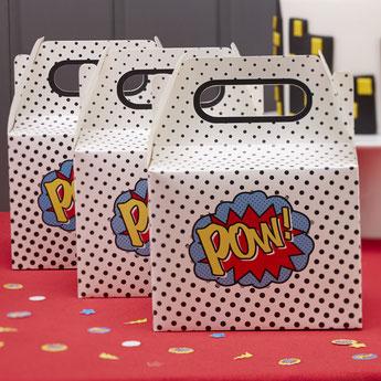 cadeaux-invites-photobooth-anniversaire-garcon-boites-cadeaux-invites