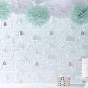 guirlandes-baby-shower-nuages.jpg