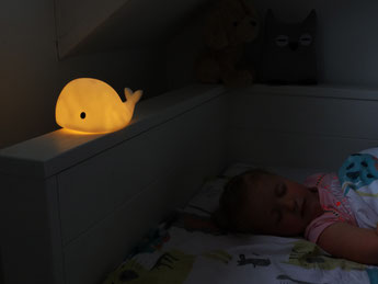 VEILLEUSE BALEINE DECO DESIGN CHAMBRE BEBE- MOBY NIGHT LIGHT BABY ROOM
