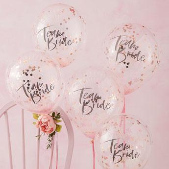 5-ballons-evjf-transparents-avec-confettis-ecriture-team-bride-decoration-evjf-boheme