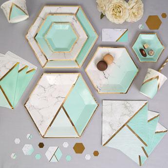 deco pastel vert menthe et dorée effet marbre- marble effect party decoration