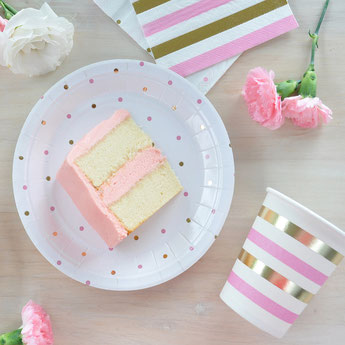 anniversaire-fille-theme-rose-et-or-assiettes-gobelets-serviettes.jpg