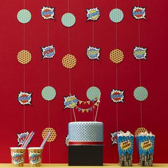 decoration-de-salle-anniversaire-garcon-guirlande-super-heros