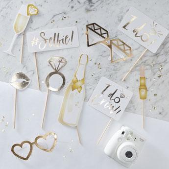 Kit accessoires dorés pour photoboot evjf