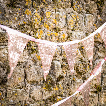 guirlande-fanions-en-tissu-sequins-rose-gold-deco-baby-shower-bapteme-anniversaire-mariage-evjf