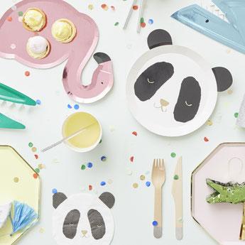 baby-shower-theme-panda-deco-table-meri-meri.jpg