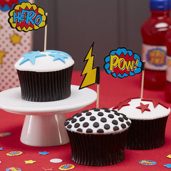decoration-gateau-anniversaire-garcon-piques-gateaux-super-heros