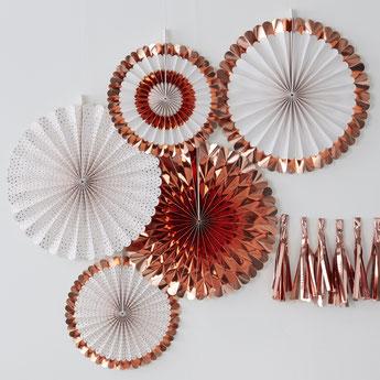 bapteme-rose-gold-decoration-salle