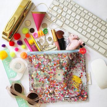 trousse paillettes multicolores- idées cadeaux fille- eveything pouch multi coloured confetti