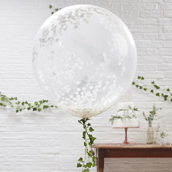 bapteme-theme-blanc-argent-fille-garcon-ballons-confettis-blanc-argent