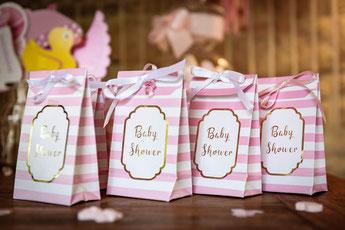 pochettes cadeaux invités baby shower fille poche cadeau souvenir baby shower fille