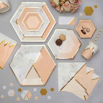 decoration-de-table-theme-marbre-peche-dore-deco-baby-shower-bapteme-anniversaire-mariage
