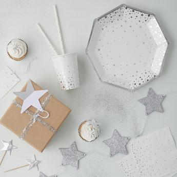 anniversaire-enfant-theme-blanc-noir-argent-deco-de-table-pois-rayures