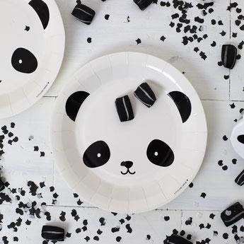 anniversaire-enfant-theme-blanc-noir-argent-deco-de-table-panda