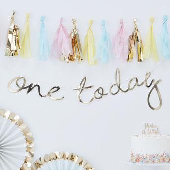 Guirlande dorée One today deco premier anniversaire- first birthday party decoration