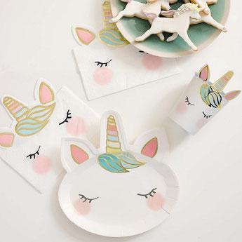 bapteme-licorne-pastel-assiettes-gobelets-serviettes.jpg