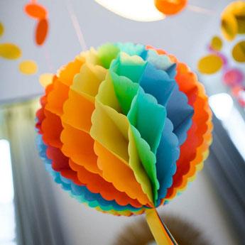baby-shower-multicolore-deco-salle