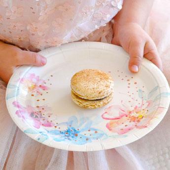 anniversaire-enfant-theme-fleurs-pastels-deco-table.jpg