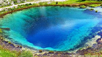 Abb. 1: Die Quelle der Cetina in Kroatien.