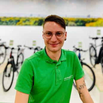 Joey Grüneberg im Lastenfahrrad-Zentrum Hannover