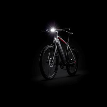 Mit der richtigen e-Bike Beleuchtung haben Sie stehts den Durchblick! Scheinwerfer, Reflektoren und vieles mehr sorgt dafür, dass stets für ausreichend Licht gesorgt ist.
