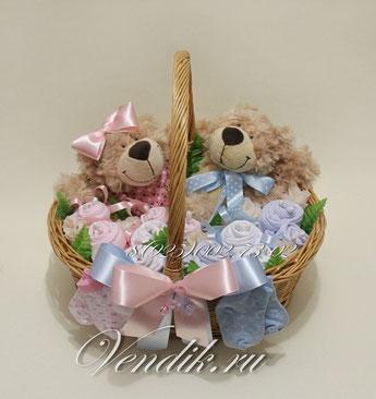 """Беби букет  из детской одежды для двойняшек"""" Медвежата"""""""