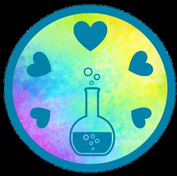 GlücksDestille - Fünf Herzen beisammen; Glaskolben mit dem Gemisch des Lebens darin
