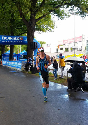 Matthias machte beim Laufen noch ordentlich Plätze gut. Foto: Nitsche