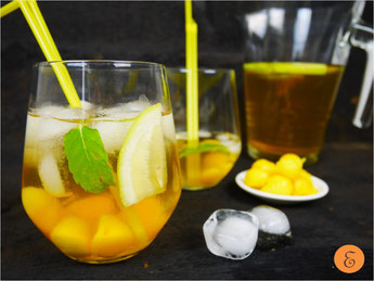 Eistee Zitronenmelisse-Mango