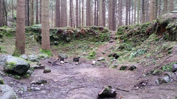 Wildlingslager hinter der Mauer (Staffel 1, Episode 1)