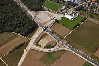 B 299 Anschlussstelle Mühlhausen-Süd, Foto: Nürnberg-Luftbild Dietz