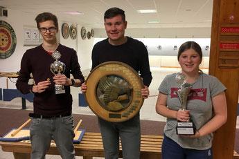 von links: 2. Platz Nico Finow, Sieger Fabian Stradtmann, 3. Platz Merle Lüßmann