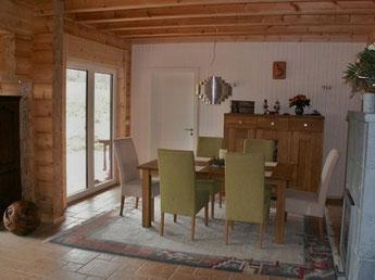 Holzhaus kaufen, planen und bauen - Holzhaus bauen - Wohnen im Rundbohlenhaus