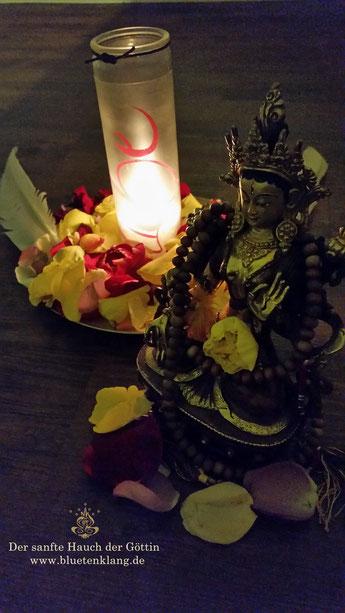 #göttin  #blütenklang #sisterhood #kreis der schwestern #altar