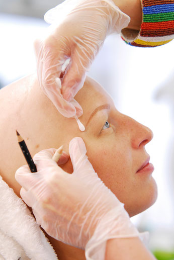 Vorzeichnen Humanmedizinisches Permanent Make-Up Frankfurt und Augsburg