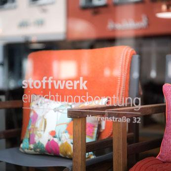 Wolldecken Merino, Alpaka, Yak und Cashmere, hergestellt in kleinen Manufakturen, teilweise auf Maß bestellbar bei STOFFWERK