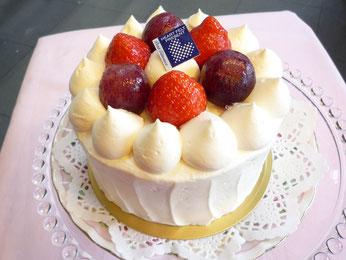 はまぶどうと苺のショートケーキ 横浜 南区 フランス菓子 フロランタン