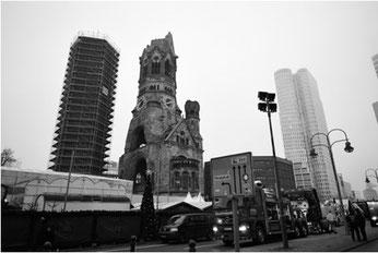 Berlino: il luogo della strage  (foto Tobias Schwarz -Afp - Getty Images)