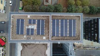 Planer bei der detaillierten Planung einer PV-Anlage