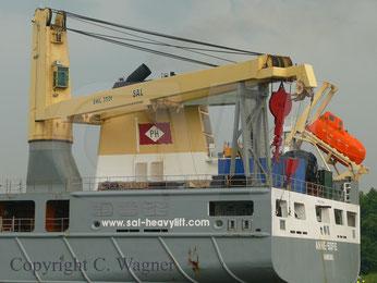 NMF 350 t Kran Heavy Lift vessel ANNE-SOFIE