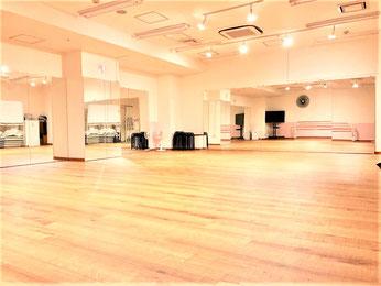 UraraDance横浜 関内店 ピーチホール