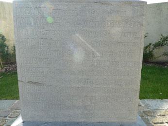 Monument aux morts de Péronne en Mélantois (Nord)