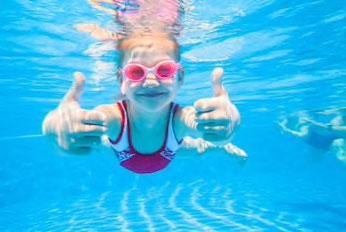 Schwimmkurs Kinder - in unserer Schwimmschule sicher Wasser erleben