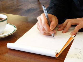 筆圧ペンを握る力が入らない肩の前が痛む 高崎市 肩こり
