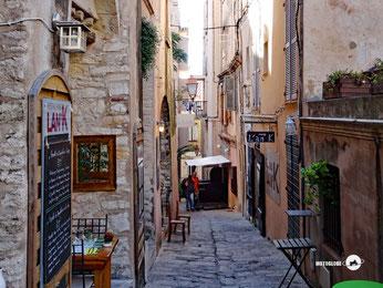 Blick vom unteren Teil Bonifacios auf die Altstadt