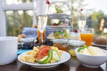 Entspannt frühstücken im Hotel kleine Auszeit