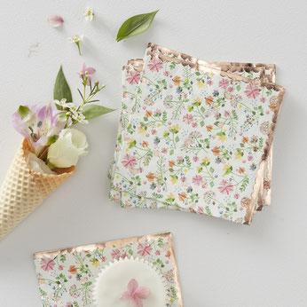serviettes-bapteme-serviettes-fleurs-bohemes