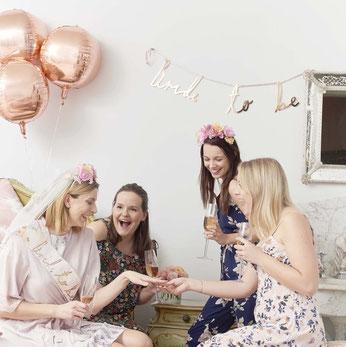 guirlande-evjf-bride-to-be-rose-gold-decoration-evjf-boheme