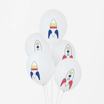 anniversaire-garcon-theme-espace-ballons